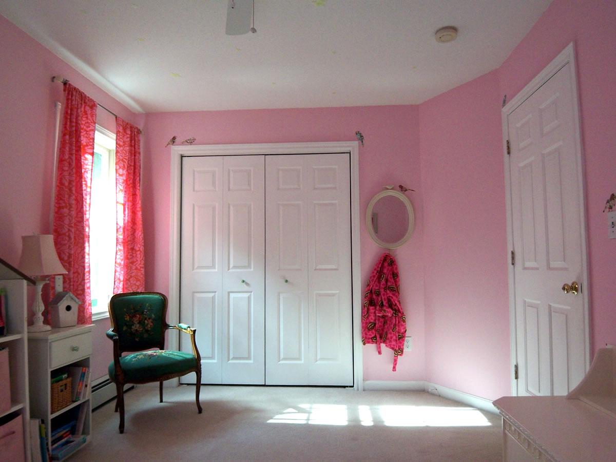 A Non-Princess Pink Room |