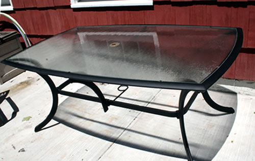 patio table after spray painting