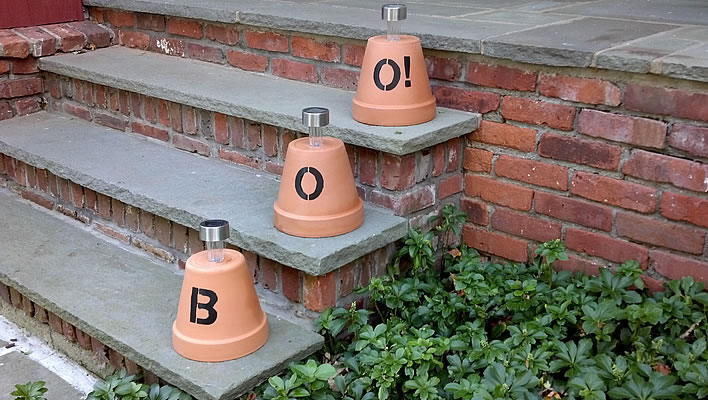 DIY flower pot lanterns for halloween
