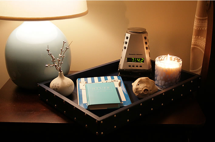 bedroom night table tray organizer from www.yourhomeonlybetter.com