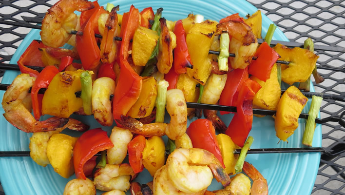Tropical Shrimp and Mango Kabobs #NaturallyAmazing