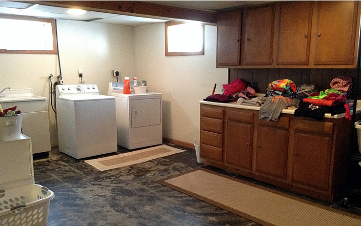 Basement Laundry Room Before And After 87+ Basement Laundry R...