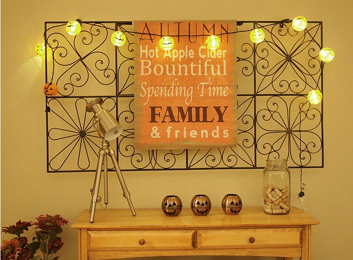 Insanely easy fall decor ideas #falldecor @yourhomeonlybetter