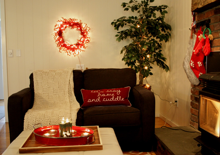 Holiday Home Tour Sans the Tree @Yourhomeonlybetter